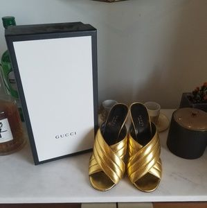 Bomb @ss Gucci shoes!!